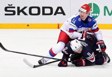Russia cruises to victory