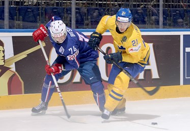 Sweden edges France